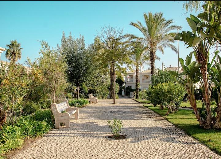 Oasis Parque Portimao Landscaped Gardens