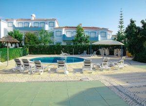 childrens-pool-algarve-apartment-rental