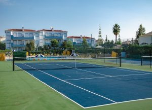 tennis-courts-luxury-alrgarve-holiday-apartment